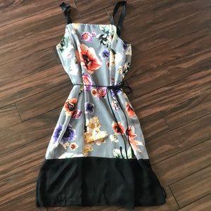 Simply Vera Vera Wang Floral Overlay dress